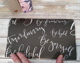 Queen Be travelers notebook dashboard. TN. planner. Jujube customs