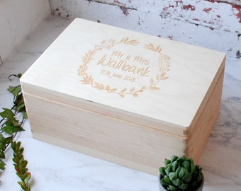 Memory Box - Wooden Box - Wedding Gift - Newlyweds - Box With Lid - Keepsake Box - Gift for a Couple - Wedding Anniversary - Personalised