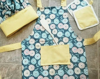 Kids play chef set, pretend play, play kitchen, dress up, costumes, children's apron, kids gift, kitchen accessories, gift set, floral apron