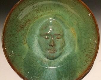 Oiseau bain visage sculpture murale plateau portrait bas relief bol figure poterie d'art assiette de service