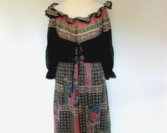 Vintage dress 1970's black Cotton Floral Paisley print Maxi Dress Small