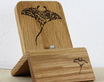 iPhone Dock (Eiche - Mantarochen design) für iPhones 5/5S/6/6S/Plus/SE/7 mit und ohne Schutzhülle / Lightning Dock