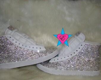 White nike blazer skate shoes mid top