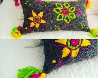 Bright embroided rectangle cushion
