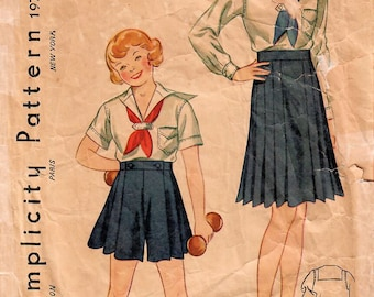 1930s Simplicity 1973 Vintage Sewing Pattern Girls Sailor Blouse, Middy Blouse, Pleated Skirt, Shorts Size 6