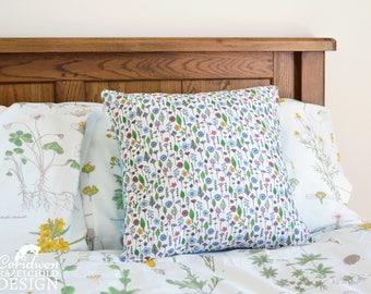 Wild Flowers Decorative Throw Cushion, Cushion Cover, Throw Cushion, Pillow, Decorative Cushion, Floral Cushion Cover