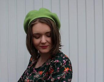 Vintage 90's Green Wool Beret