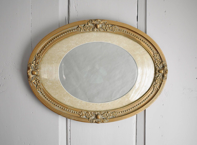 Marco Vintage ovalada oro madera Gesso con vidrio cóncavo burbuja ...