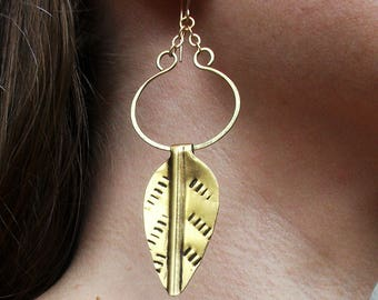 Gold-Brass-Summer-Leaf-Dangle-Earrings / Free US Shipping