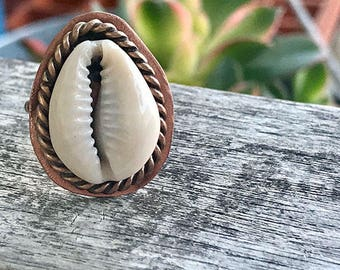 Artisan Cowrie Copper Bronze Ring / Shell Statement Ring  / Artisan Rope Ring / One of a Kind Handmade / Ring Size 8