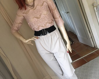 Vintage 1950s Style Pale Beige Knit Capri Pants High Waisted Size S/M US 6/8 Stretchy Knit Fabulous