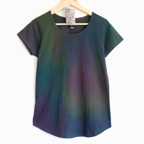 L DIESEL SPILL . Dark womens t-shirt with gradient colour print. Hand Painted t shirts. Dark and gradient colour t shirt.