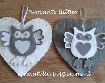 Two Brocante Noctuidae of felt-Handicraft package