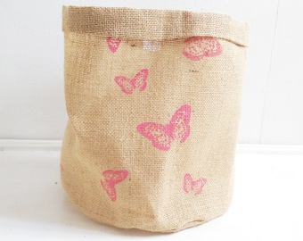 Butterfly Hessian Pot