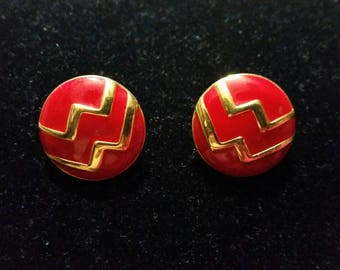 Monet Red Enamel Button Earrings - vintage wave mountain design