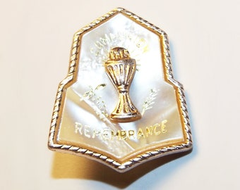 Vintage Catholic Communion Remembrance Brooch Pin