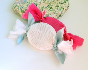 Candy Soap Wedding Favors 10-20-30-40 . Baby Shower Soap Decorated with Gauze . Bridal Shower favors . Wedding Party Favors