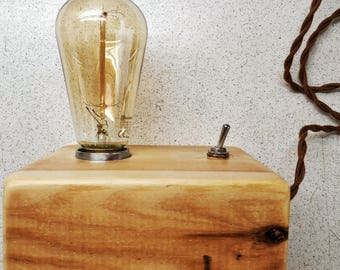 Wooden lamp with fabric cable