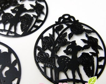 CH-ME-01233- Nickel Free, Deer in the garden computer-cut plate, round,black, 4 pcs,