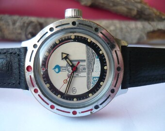 Vostok amphibia / Vostok KOMANDIRSKIE / Mechanical watch / USSR / Soviet Union / Komandirskie military watch pobeda / with no strap /rem