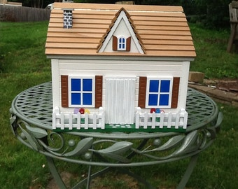 House mounted cottage mailbox