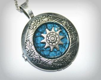 Small sun - Silver Locket Necklace  - Wedding Birthday Bridesmaids Gift-Locket Personalized Jewelry Family Locket (v)