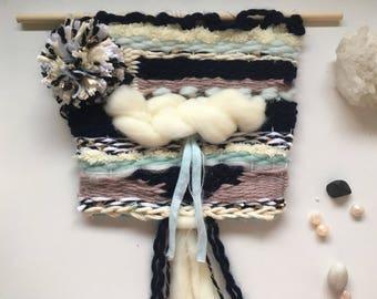 Wall weaving M