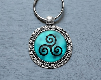Triskelion Keychain, Teen Wolf Necklace, Teen Wolf Jewelry, Triskelion Necklace, Teen Wolf Keychain, Teen Wolf Fan, Teen Wolf Show