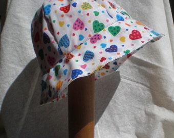 Hearts Bucket Hat (medium)