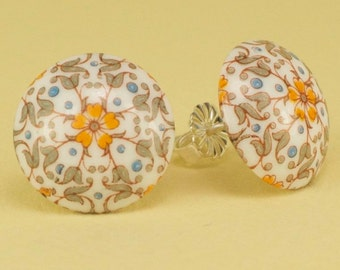Vintage 1940s Japanese Glass Button Post Earrings