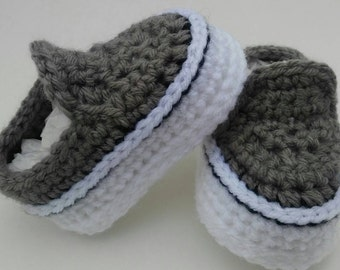 Crocheted baby vans style shoes, crochet baby shoes, crib shoes, baby girl shoes, baby boy shoes, knit baby shoes, vans shoes, 3-6 months