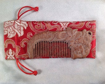 B0006- Wooden Comb