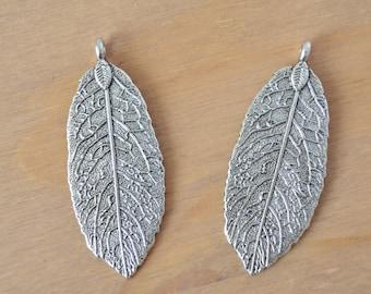 2 x Tibetan Style Alloy Leaf Pendants, Antique Silver