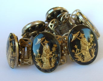 Unsigned Whiting and Davis Link Bracelet Reverse Intaglio Vintage Asian Rickshaw 1950s Jewelry