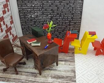 Renwal Desk Swivel Chair 3 School desks  Dollhouse Toy Furniture Hard Plastic