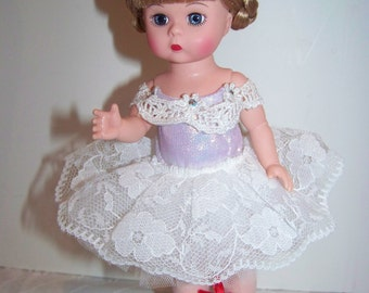red shoes madame alexander 8 in ballerina doll