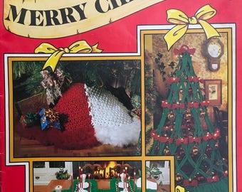 Macrame A Merry Christmas (Vintage)