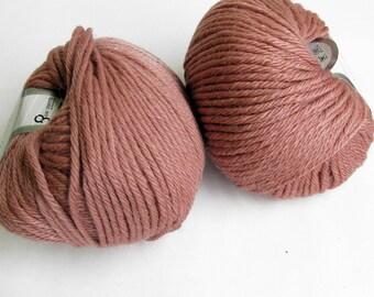 Pure Merino yarn, rose pink, 1 skein, superwash, bulky wool yarn