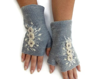 Felted Fingerless Gloves Fingerless Mittens Arm warmers Wristlets Merino Wool Steel Gray White Floral