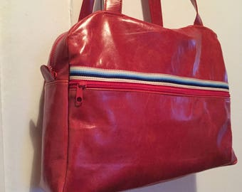 Wrinkled/distressed red leather Ribbon bag multicolor