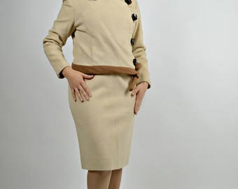 Womens Suits, Womens Designer Clothing, Wool Suit, Pencil Skirt, 1960s Womens Suit, Size Small, Winter Suit, Work Suit, Business Suit Women