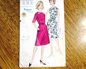 "ELEGANT 1960s Princess Seamed Sleeveless Dress / MOD Fit and Flare Frock - Plus Size 18 (Bust 38"") - VINTAGE Sewing Pattern Vogue 5645"