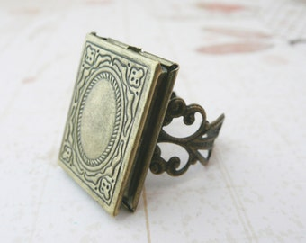book locket poison ring No. R4