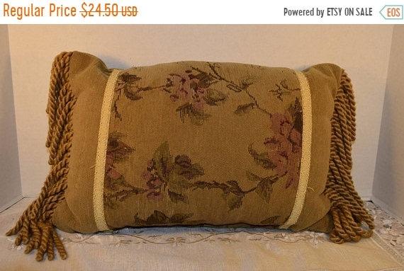 Delayed Shipping Lumbar Tapestry Fringe Pillow Vintage Velour Dark Green Oblong Toss Pillow Olive Green & Rose Throw Pillow Long Fringe Ribb
