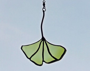 Golden Wine Bottle Recycled Glass Ginkgo Leaf for Eco Friendly Father's Day Gift
