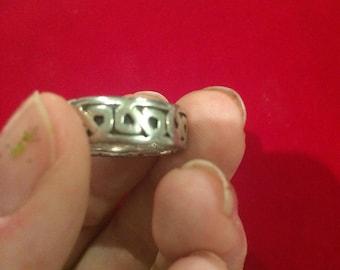 Solid silver celtic design ring