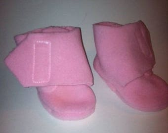 Pink fleece booties 0-3 months