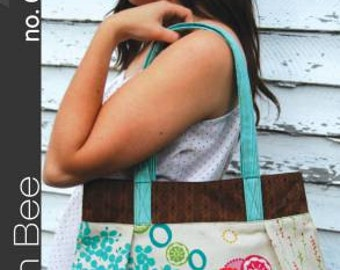 Vera Bag Handbag Sewing Pattern by Green Bee