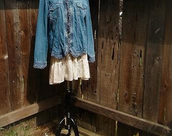 denim jean jacket ladies large boho gypsy prairie distressed faded blue Magnolia style Pearl