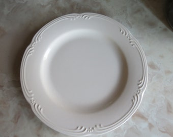 Pfaltzgraff Filigree Dinner Plate and Salad Plate